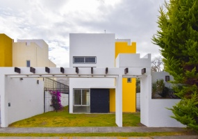 Mexico, ESTADO DE MEXICO 52740, 3 Bedrooms Bedrooms, ,Casa,En venta,Benevento,1205
