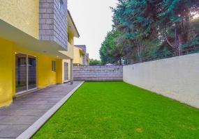 Llano Grande, ESTADO DE MEXICO 52148, 3 Bedrooms Bedrooms, ,Casa,En venta,1231