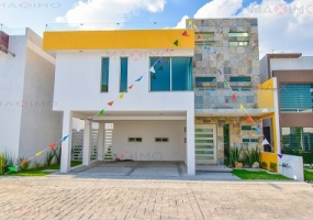 ESTADO DE MEXICO 52148, 3 Bedrooms Bedrooms, ,Casa,En venta,1257