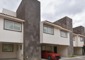 2 de abril, San Mateo Atenco, ESTADO DE MEXICO 52104, 3 Bedrooms Bedrooms, ,Casa,En venta,1328
